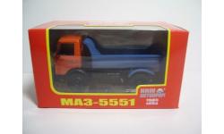 1:43 МАЗ-5551 самосвал красно-синий (1985-1993) НАП Н703, масштабная модель, 1/43