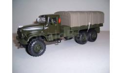 КрАЗ-255Б зелёный матовый борт тент 1967-1969 Н288