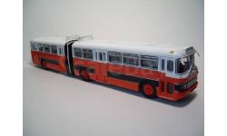 Автобус Икарус-180 Болгария