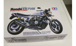 14066 Honda CB750F 'Custom Tuned' 1:12 Tamiya