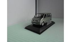 VW Volkswagen Multivan T5 1:43 Minichamps