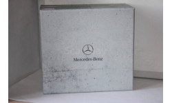Mercedes 230E W123 Limousine,Minichamps.