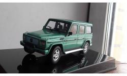 Mercedes-benz gelendwagen 1994 AutoArt  1:43