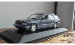 Mercedes-Benz E- class  Break nautical blue met.  Minichamps