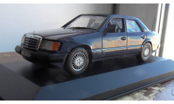 Mercedes-Benz E 300 Minichamps 1:43
