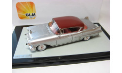 CADILLAC Fleetwood 62 Sedan 1957 Red/Silver