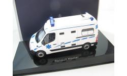 Renault Master 'Ambulance' 2011
