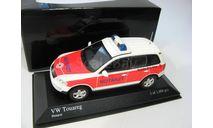 VW Touareg Notarzt 2002 г., масштабная модель, 1:43, 1/43, Minichamps, Volkswagen