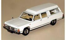 РАФ-ГАЗ-3920 (скорая помощь на базе ГАЗ-14 или 'Чёрный доктор')_ белый _ НАП _ 1:43, масштабная модель, 1/43, Наш Автопром