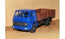 МАЗ-5335 (1977 г.в.) бортовой _ синий/коричневый _ Autotime _ 1:43, масштабная модель, 1/43, Autotime Collection