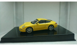 Porsche 911(997) Carrera S yellow