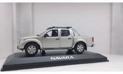 Nissan Navara Pick Up 2005 silver metallic