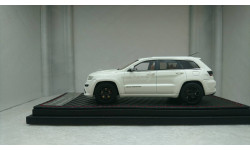 Jeep Grand Cherokee SRT8 2014 White