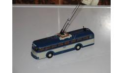 Троллейбус Henschel ÜH GRILL Китай 1/87