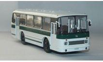 ЛАЗ-695Р.СовА., масштабная модель, scale43