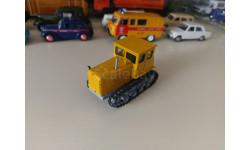 Трактор №2 Дт-54 1/43 Hachette