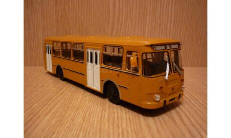 ЛиАЗ-677М Советский автобус (СОВА), масштабная модель, 1:43, 1/43