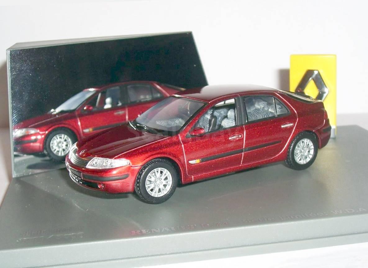 масштабные модели автомобилей renault laguna 1:18