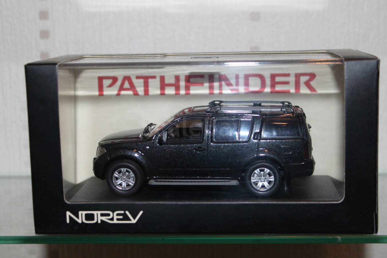 Nissan Pathfinder Norev 143 1 43