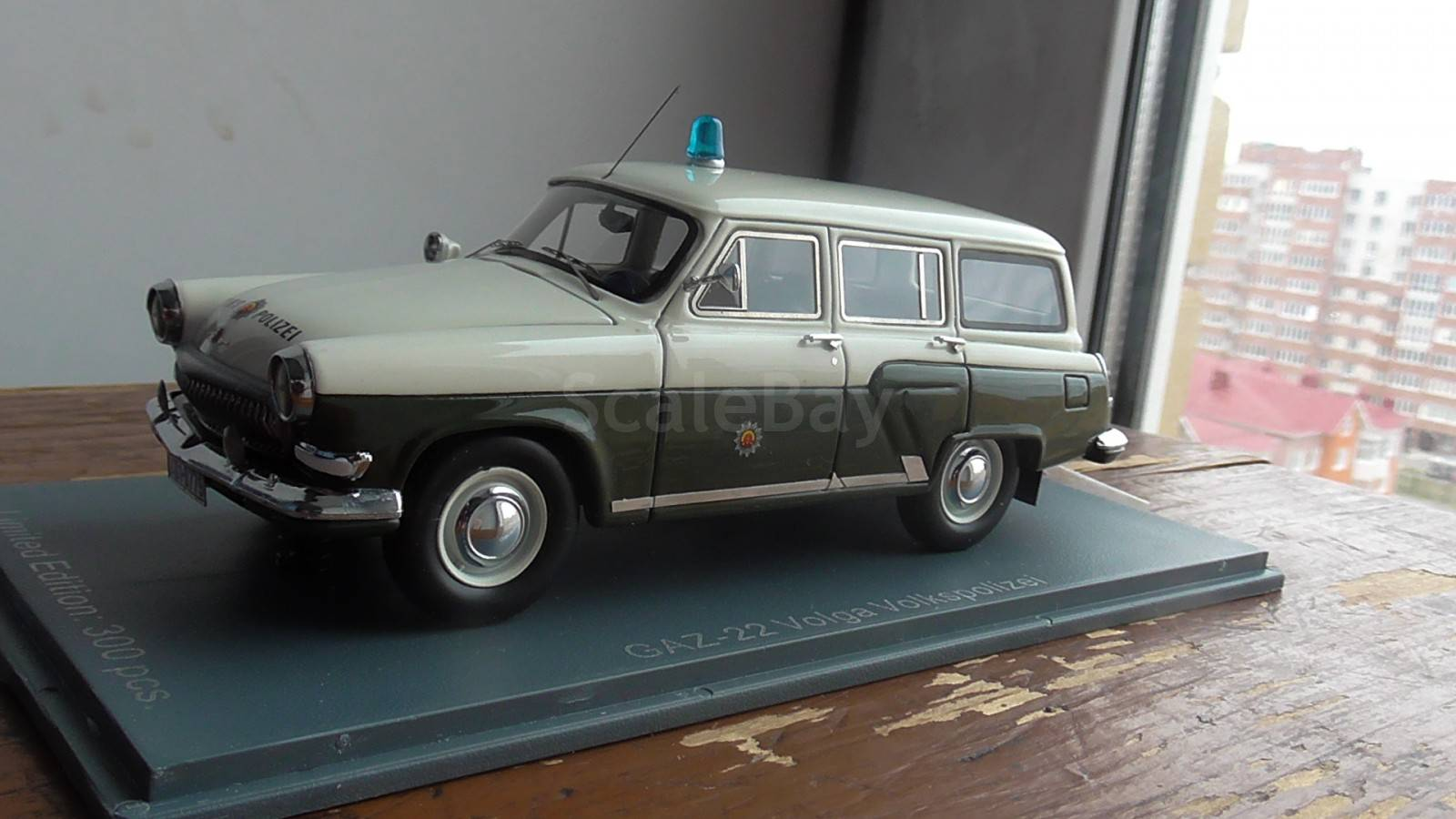 GAZ-22 volkspolizei 1:43 Neo тираж 300 шт